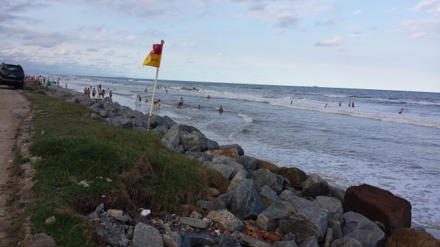 Movimento na praia.