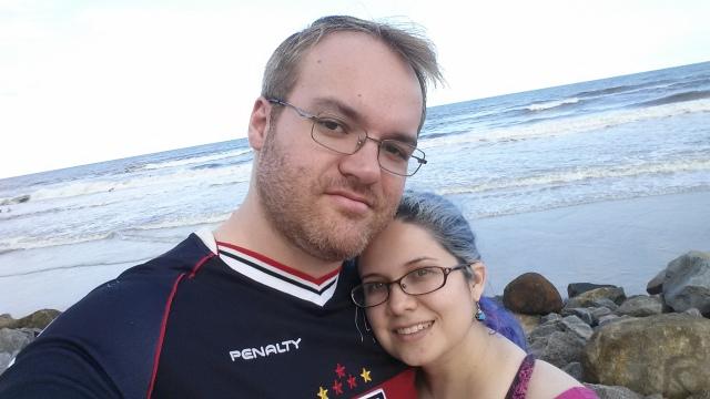Casal na praia.